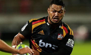 Hika Elliott is on his way from NZ and will join the Chiefs bench
