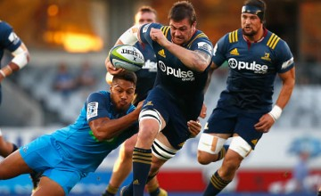 Liam Squire starts at No.6 for the HIghlanders