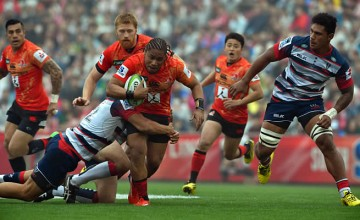 MifiposetiPaea tries to break free for the Sunwolves
