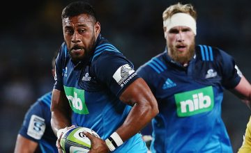 Patrick Tuipulotu protects the ball for the Blues