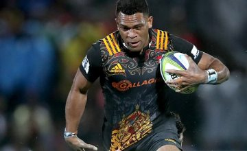 Seta Tamanivalu returns from injury for the Chiefs