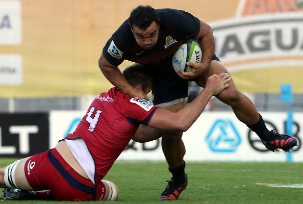 Julian Montoya of Jaguares is tackled during the Super Rugby Rd 5 match between Jaguares and Reds
