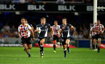 Patrick Lambie will sit out another week of Super Rugby