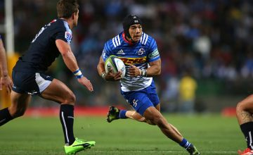 Cheslin Kolbe of the Stormers on the attack